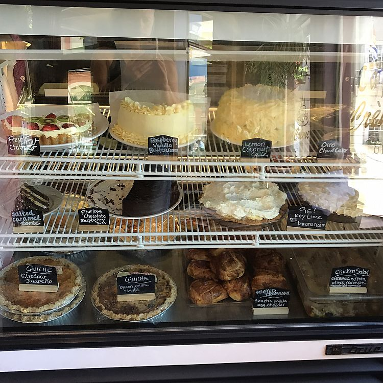 "Photo of Cafe Creme  by <a href=""/members/profile/Sarah%20P"">Sarah P</a> <br/>non-vegan bakery case <br/> June 10, 2017  - <a href='/contact/abuse/image/79297/267858'>Report</a>"