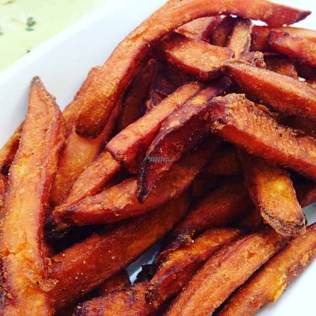 "Photo of CLOSED: Madre + Mason  by <a href=""/members/profile/calamaestra"">calamaestra</a> <br/>sweet potato fries  <br/> August 29, 2016  - <a href='/contact/abuse/image/79383/172222'>Report</a>"