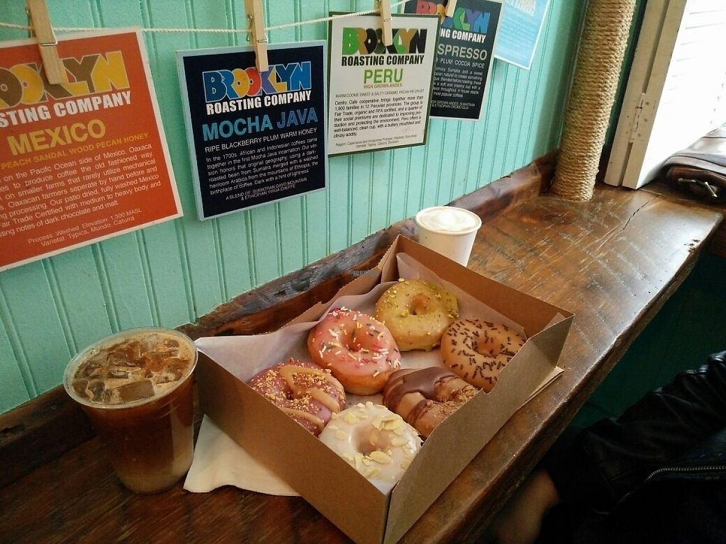 """Photo of Dun-Well Doughnuts  by <a href=""""/members/profile/martinicontomate"""">martinicontomate</a> <br/>the place to seat is very limited <br/> April 22, 2017  - <a href='/contact/abuse/image/79385/251078'>Report</a>"""