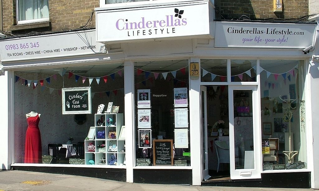 """Photo of Cinderella's  by <a href=""""/members/profile/community5"""">community5</a> <br/>Cinderella's <br/> July 8, 2017  - <a href='/contact/abuse/image/79472/277706'>Report</a>"""