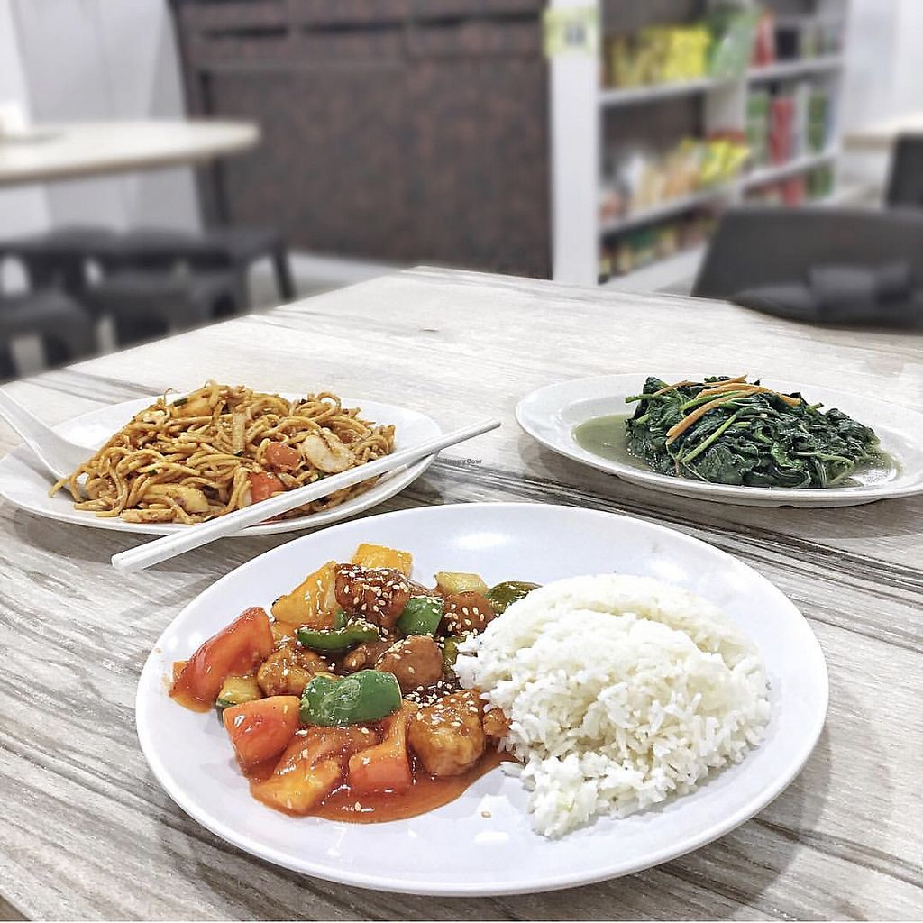 """Photo of SHU Vegetarian  by <a href=""""/members/profile/CherylQuincy"""">CherylQuincy</a> <br/>Sweet & sour 'pork', noodles and sweet potato leaves <br/> January 21, 2018  - <a href='/contact/abuse/image/79478/349554'>Report</a>"""
