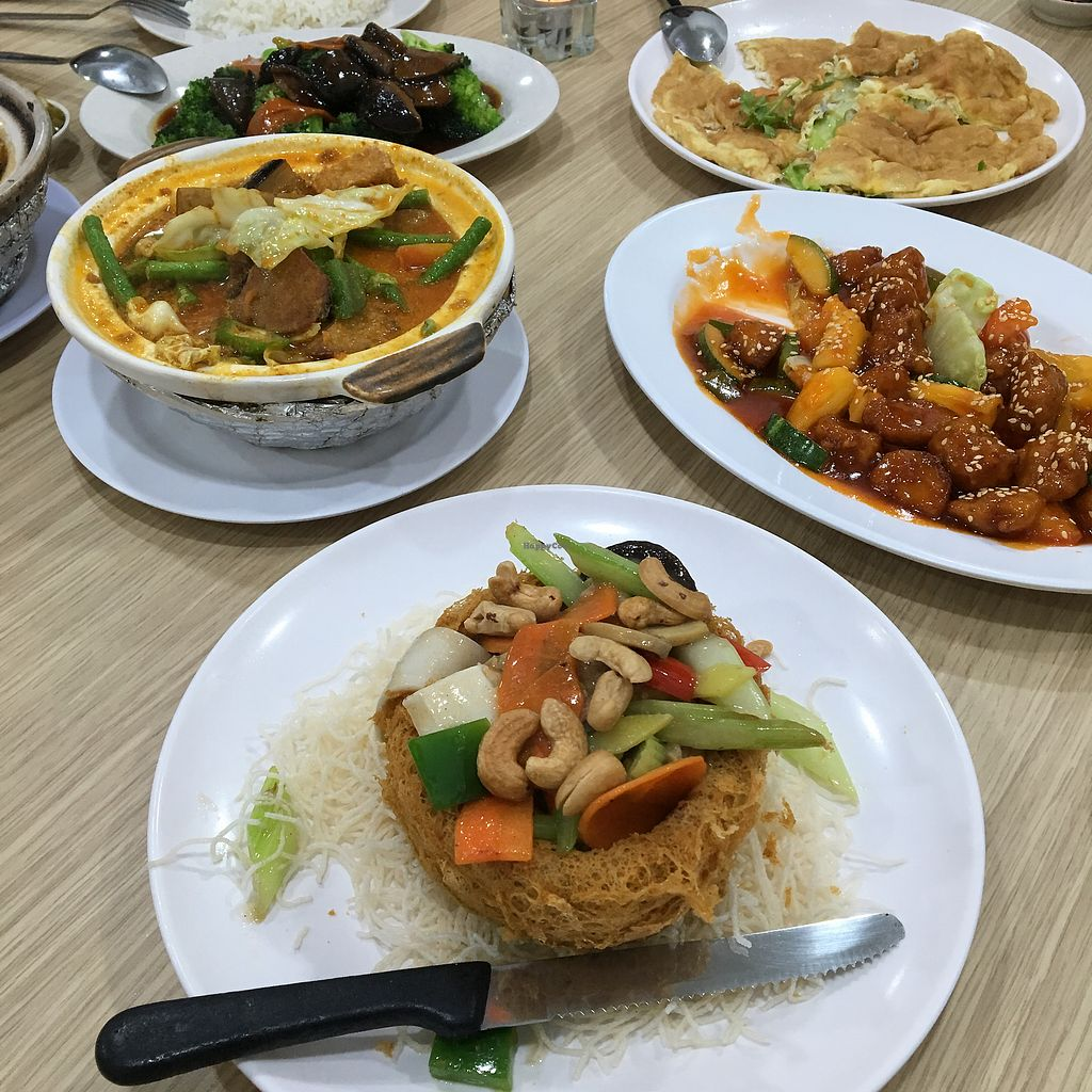 """Photo of SHU Vegetarian  by <a href=""""/members/profile/breakfastparadise"""">breakfastparadise</a> <br/>Vegetarian feast <br/> March 23, 2018  - <a href='/contact/abuse/image/79478/374635'>Report</a>"""
