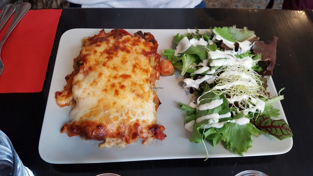 "Photo of De Plaats  by <a href=""/members/profile/Athina"">Athina</a> <br/>the vegetarian lasagne- Not  vegan <br/> July 21, 2017  - <a href='/contact/abuse/image/79492/282990'>Report</a>"