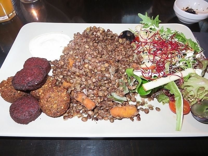"Photo of De Plaats  by <a href=""/members/profile/TrudiBruges"">TrudiBruges</a> <br/>lentils with falafel at De Plaats, Bruges <br/> September 28, 2017  - <a href='/contact/abuse/image/79492/309329'>Report</a>"