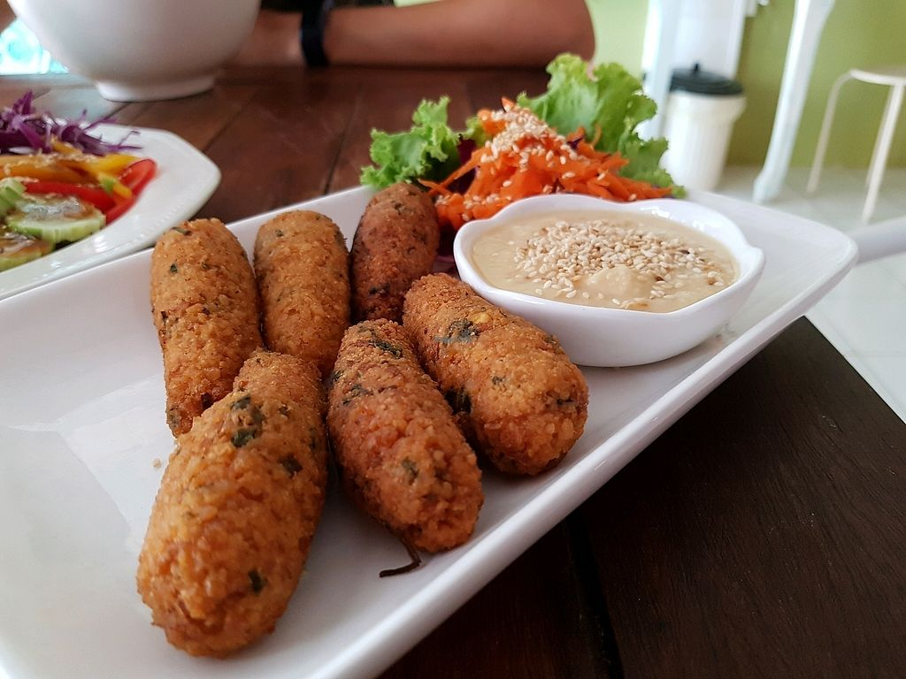 """Photo of Govinda's Restaurant  by <a href=""""/members/profile/vegatleticas"""">vegatleticas</a> <br/>Falafel and Hummus <br/> March 3, 2018  - <a href='/contact/abuse/image/79507/366027'>Report</a>"""