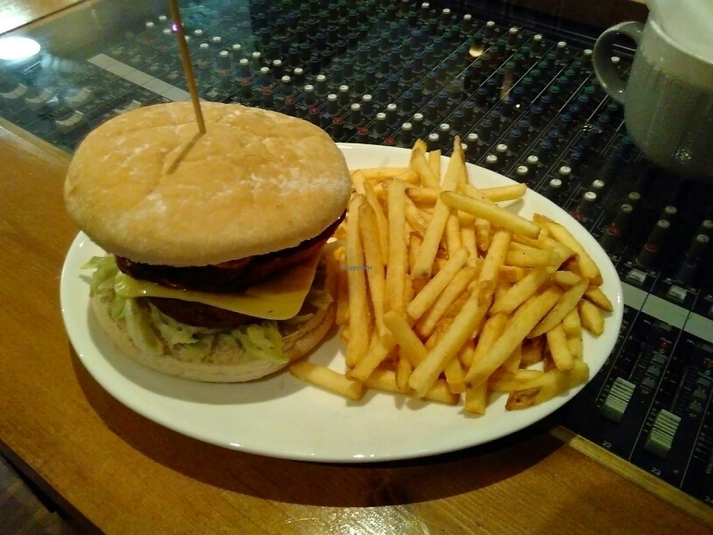 """Photo of Vintage Rockbar  by <a href=""""/members/profile/imogenmichel"""">imogenmichel</a> <br/>Vegan burger and chips <br/> May 12, 2017  - <a href='/contact/abuse/image/79517/258092'>Report</a>"""