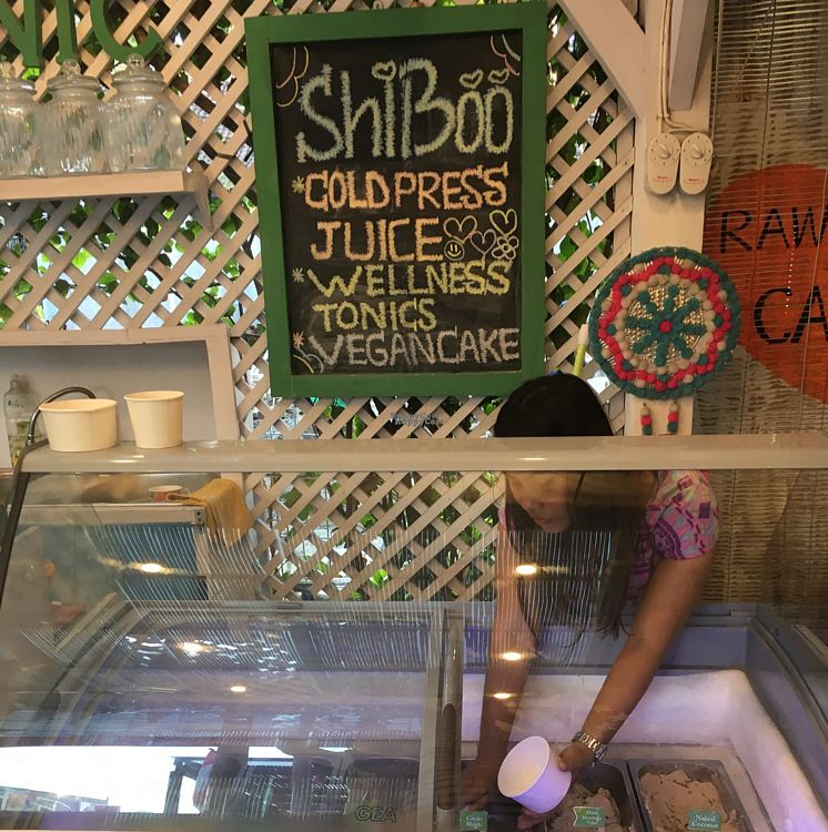 """Photo of CLOSED: ShiBoo Organic Superfood Cafe  by <a href=""""/members/profile/Spaghetti_monster"""">Spaghetti_monster</a> <br/>icecream counter <br/> September 3, 2016  - <a href='/contact/abuse/image/79544/173171'>Report</a>"""