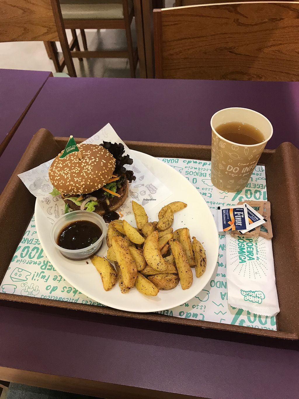 """Photo of Hareburger - Botafogo  by <a href=""""/members/profile/JeremyIrvine"""">JeremyIrvine</a> <br/>yummy bean burger <br/> August 17, 2017  - <a href='/contact/abuse/image/79582/293778'>Report</a>"""