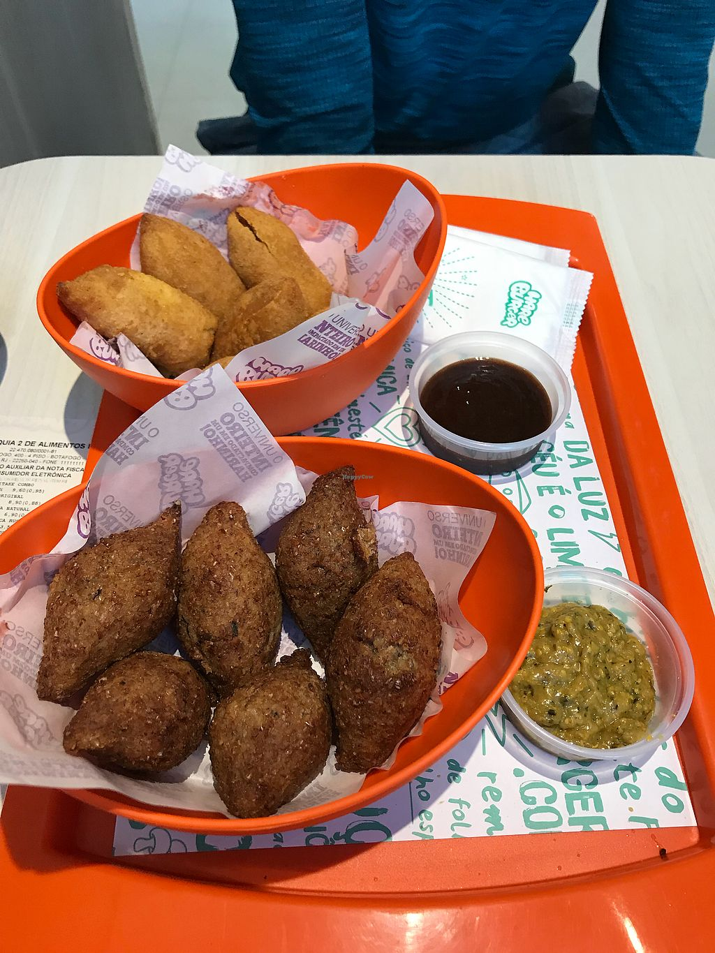 """Photo of Hareburger - Botafogo  by <a href=""""/members/profile/dazedkiwi"""">dazedkiwi</a> <br/>Snacks <br/> October 19, 2017  - <a href='/contact/abuse/image/79582/316609'>Report</a>"""