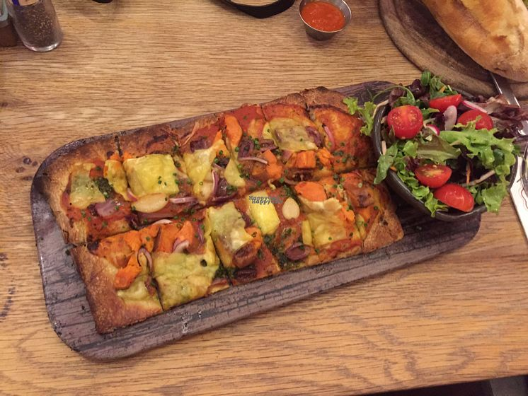 """Photo of Cafe Gan Sipur - Holon  by <a href=""""/members/profile/Ravit"""">Ravit</a> <br/>vegan pizza (perfect!!) <br/> October 20, 2016  - <a href='/contact/abuse/image/79591/183088'>Report</a>"""