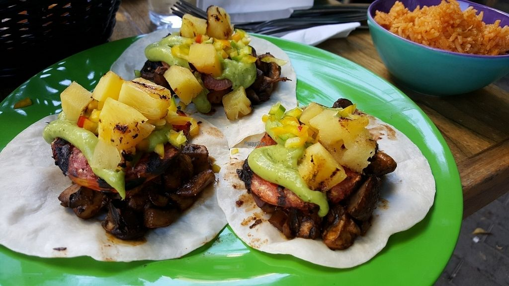 """Photo of CLOSED: Changos  by <a href=""""/members/profile/Atar%20Herbivora"""">Atar Herbivora</a> <br/>Mushroom tacos with added pinapple <br/> October 6, 2016  - <a href='/contact/abuse/image/79592/180161'>Report</a>"""