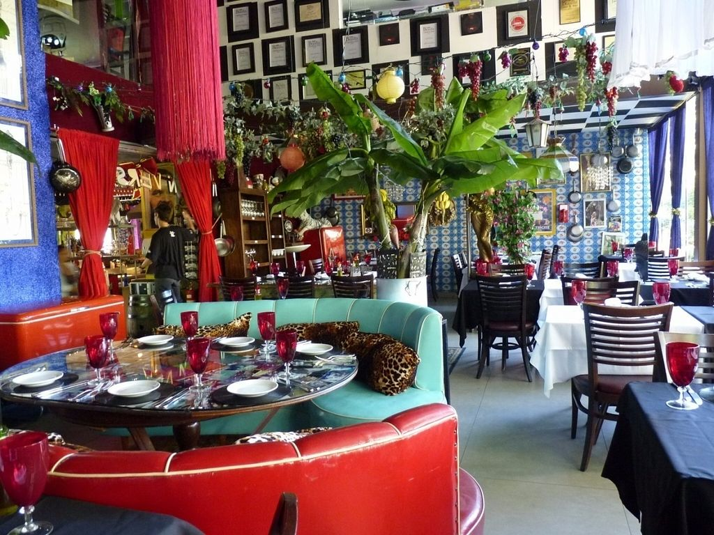 """Photo of Universal Diner  by <a href=""""/members/profile/bfeitosa"""">bfeitosa</a> <br/>inside <br/> September 15, 2016  - <a href='/contact/abuse/image/79598/175947'>Report</a>"""