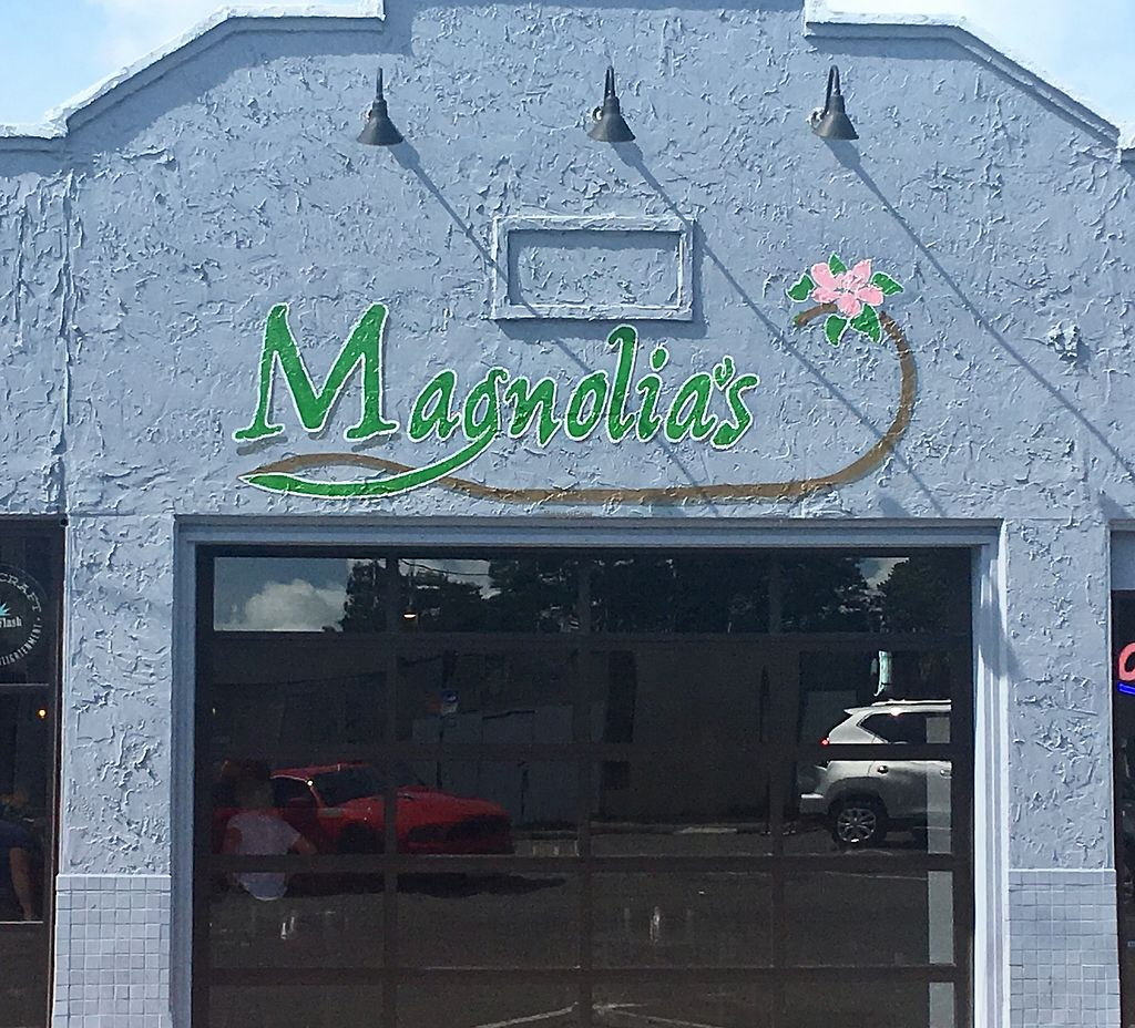 """Photo of CLOSED: Magnolia's  by <a href=""""/members/profile/myra975"""">myra975</a> <br/>Magnolia's Pub <br/> September 9, 2017  - <a href='/contact/abuse/image/79621/302444'>Report</a>"""