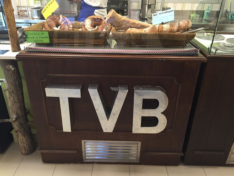 """Photo of TVB  by <a href=""""/members/profile/L_Almo_Clelarco"""">L_Almo_Clelarco</a> <br/>The bread counter <br/> September 9, 2016  - <a href='/contact/abuse/image/79651/174685'>Report</a>"""