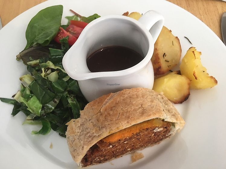 """Photo of Crazy Bean Cafe  by <a href=""""/members/profile/Vickoz"""">Vickoz</a> <br/>The gravy to die for ...  <br/> June 10, 2017  - <a href='/contact/abuse/image/79668/267744'>Report</a>"""