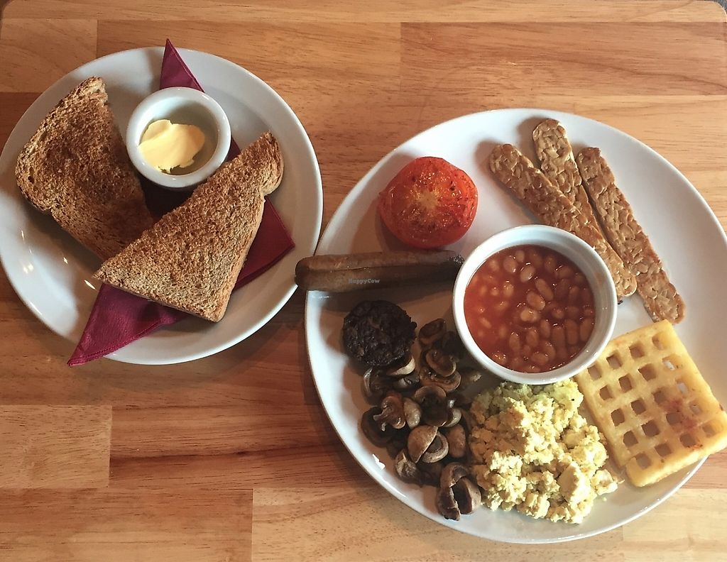 """Photo of Kat's Kitchen  by <a href=""""/members/profile/stephenwelleruk"""">stephenwelleruk</a> <br/>The full breakfast at Kat's Kitchen. Very tasty, and set me up for the day :-) <br/> May 15, 2017  - <a href='/contact/abuse/image/79734/259070'>Report</a>"""