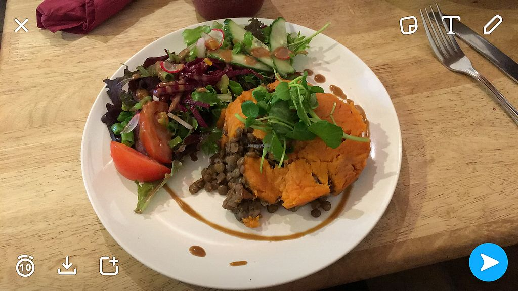 """Photo of Kat's Kitchen  by <a href=""""/members/profile/Imixle"""">Imixle</a> <br/>Shepherdess pie  <br/> August 29, 2017  - <a href='/contact/abuse/image/79734/298643'>Report</a>"""
