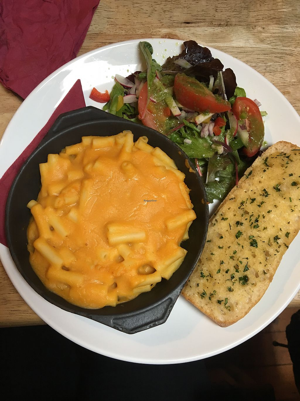 """Photo of Kat's Kitchen  by <a href=""""/members/profile/Bafodelic"""">Bafodelic</a> <br/>Tasteless mac and cheese <br/> September 28, 2017  - <a href='/contact/abuse/image/79734/309388'>Report</a>"""