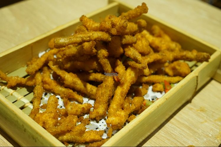 """Photo of Super Vegan - LianHua Commercial Center  by <a href=""""/members/profile/Coawarren"""">Coawarren</a> <br/>Deep-fried tea tree mushrooms  <br/> September 7, 2016  - <a href='/contact/abuse/image/79735/174082'>Report</a>"""