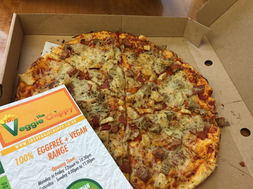 """Photo of The Veggie Chippy  by <a href=""""/members/profile/teresaveg"""">teresaveg</a> <br/>vegan pizza <br/> November 14, 2017  - <a href='/contact/abuse/image/79800/325551'>Report</a>"""