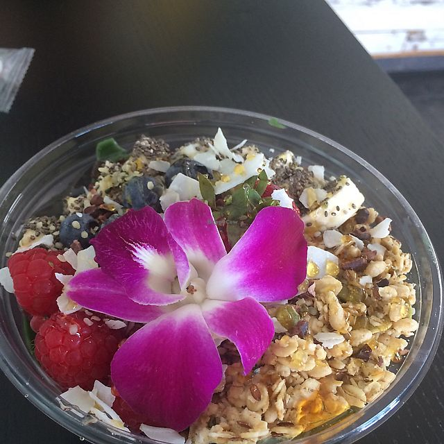 """Photo of Raw Remedy  by <a href=""""/members/profile/leafekat"""">leafekat</a> <br/>beautiful bowl  <br/> August 5, 2017  - <a href='/contact/abuse/image/79806/289274'>Report</a>"""