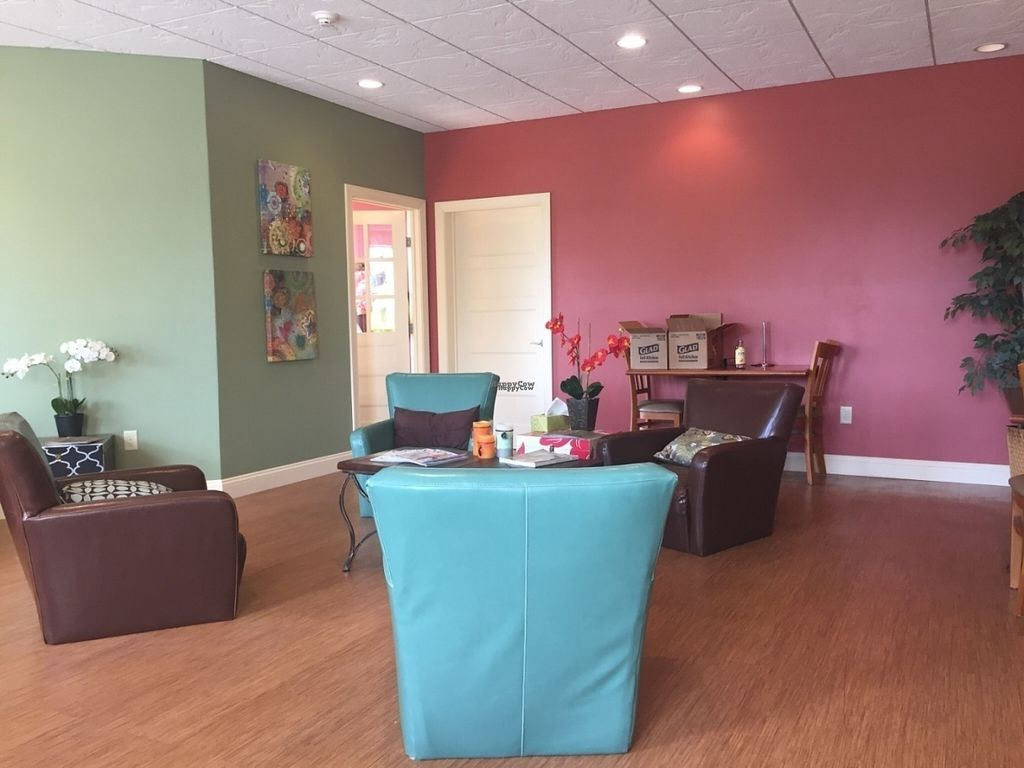 """Photo of Yoga Body Shop  by <a href=""""/members/profile/EmilyCasey10"""">EmilyCasey10</a> <br/>Lounge area  <br/> September 8, 2016  - <a href='/contact/abuse/image/79836/174399'>Report</a>"""
