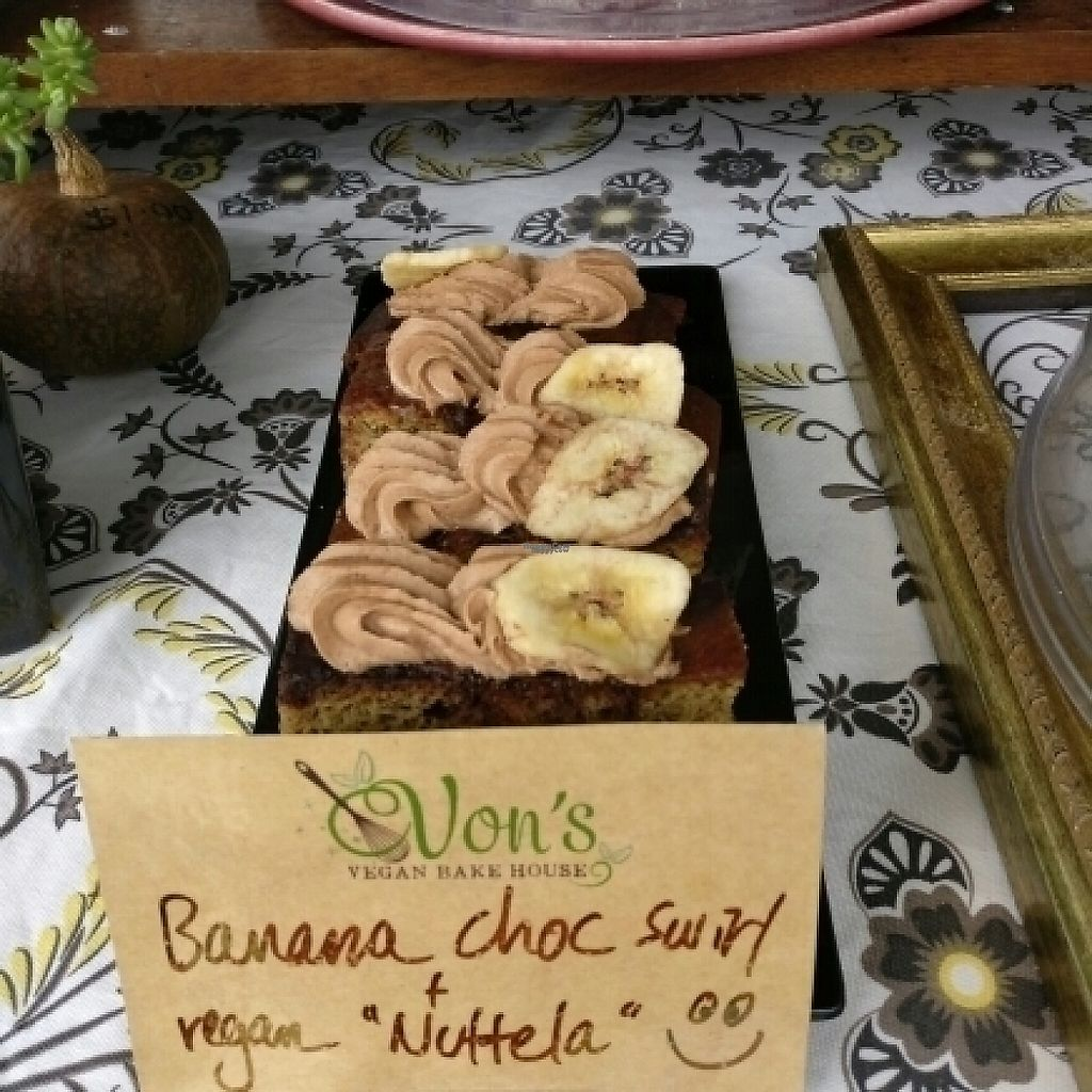 """Photo of Von's Vegan Bake House  by <a href=""""/members/profile/Aloo"""">Aloo</a> <br/>Banana chocolate cake  <br/> November 13, 2016  - <a href='/contact/abuse/image/79860/189270'>Report</a>"""