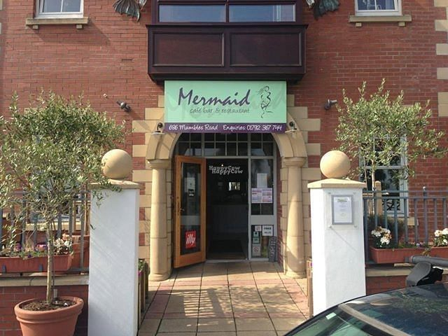 """Photo of The Mermaid  by <a href=""""/members/profile/mermaidmumbles"""">mermaidmumbles</a> <br/>main entrance <br/> September 15, 2016  - <a href='/contact/abuse/image/80075/175888'>Report</a>"""