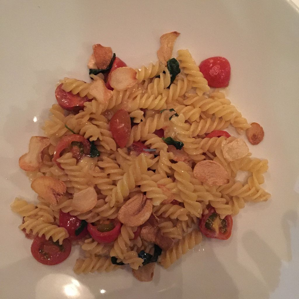 """Photo of Hawa - Tambo del Inka  by <a href=""""/members/profile/earthville"""">earthville</a> <br/>gluten-free pasta with cherry tomatoes and roasted garlic <br/> September 17, 2016  - <a href='/contact/abuse/image/80135/176284'>Report</a>"""