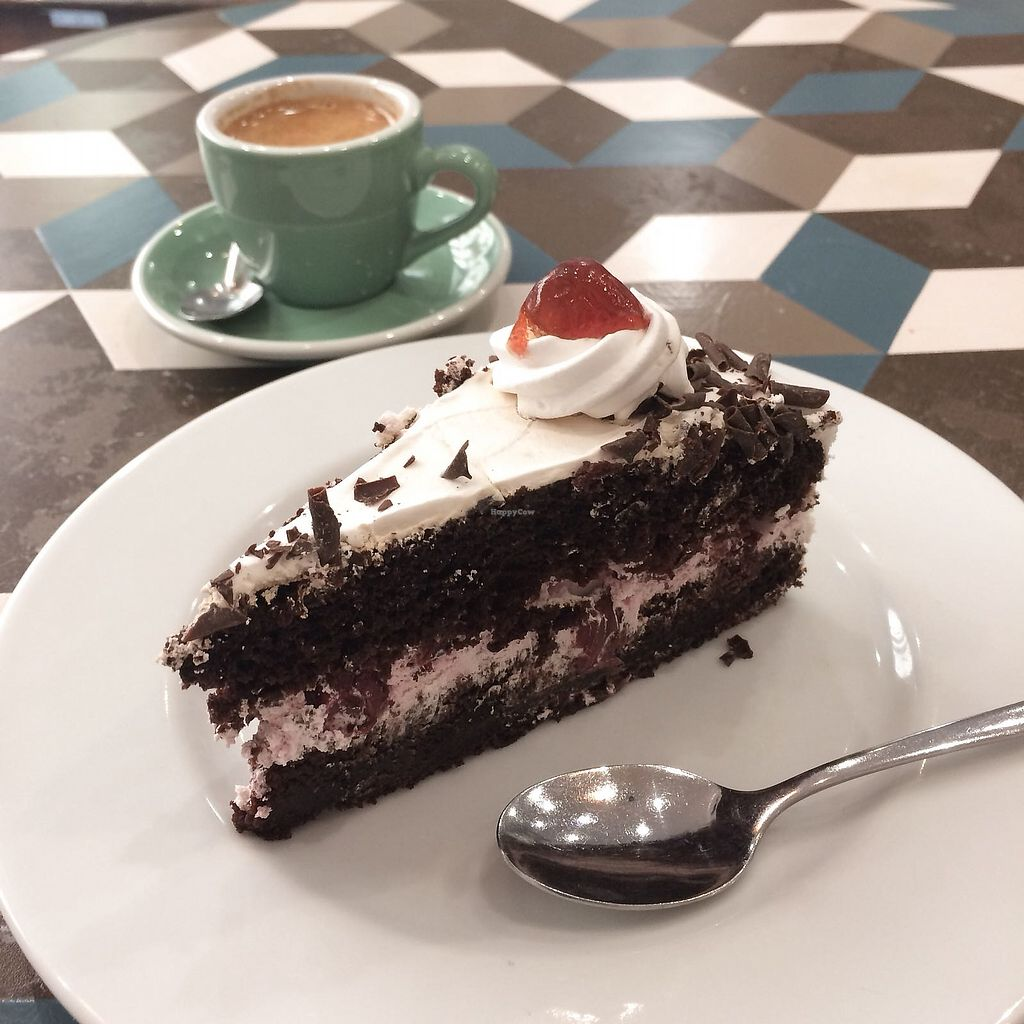 "Photo of Cloud Cakes  by <a href=""/members/profile/a.vegan.foodie"">a.vegan.foodie</a> <br/>TARTE FORÊT-NOIRE / BLACK FOREST CAKE <br/> April 27, 2018  - <a href='/contact/abuse/image/80175/391583'>Report</a>"