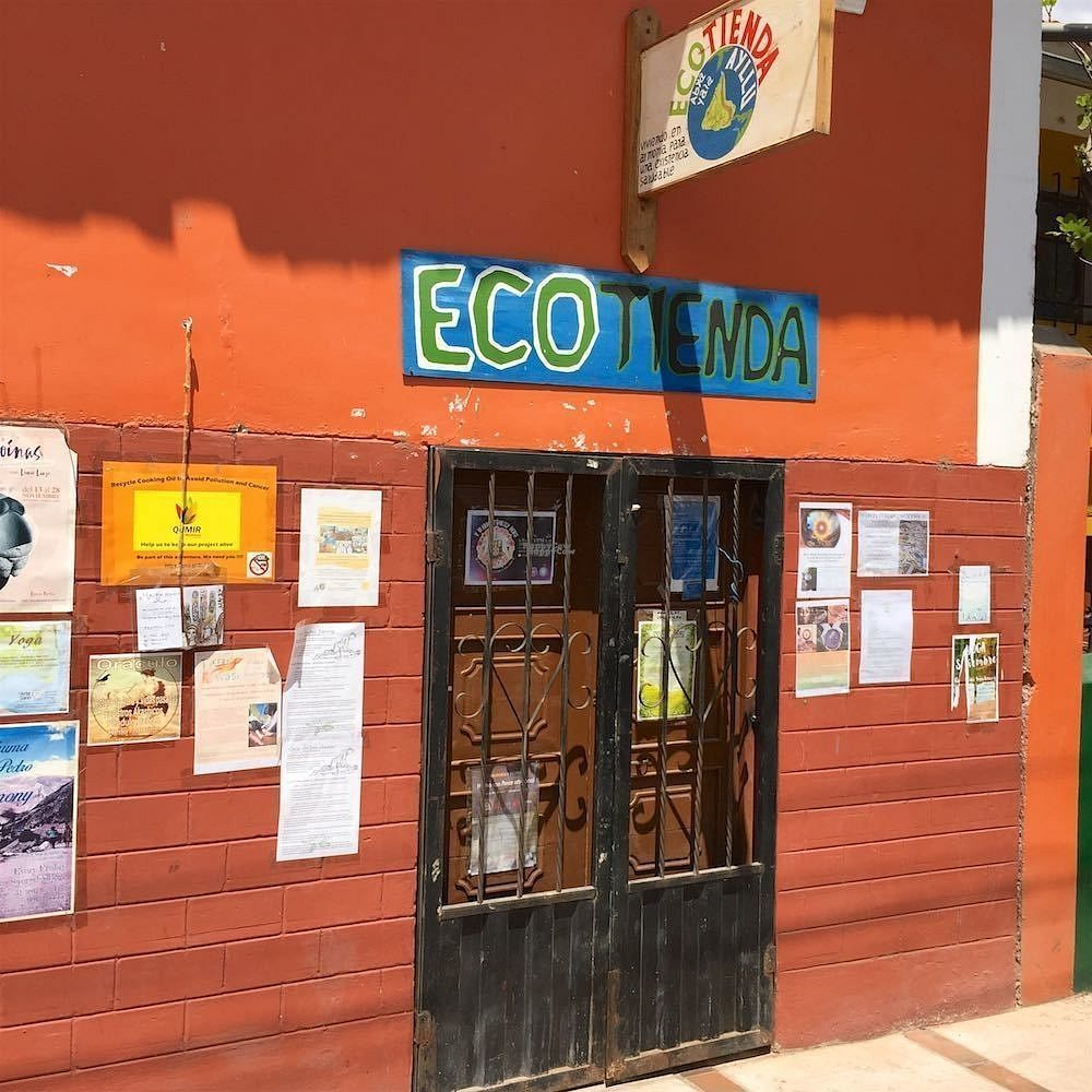 """Photo of Ecotienda Urubamba  by <a href=""""/members/profile/earthville"""">earthville</a> <br/>From the street <br/> September 19, 2016  - <a href='/contact/abuse/image/80250/176747'>Report</a>"""