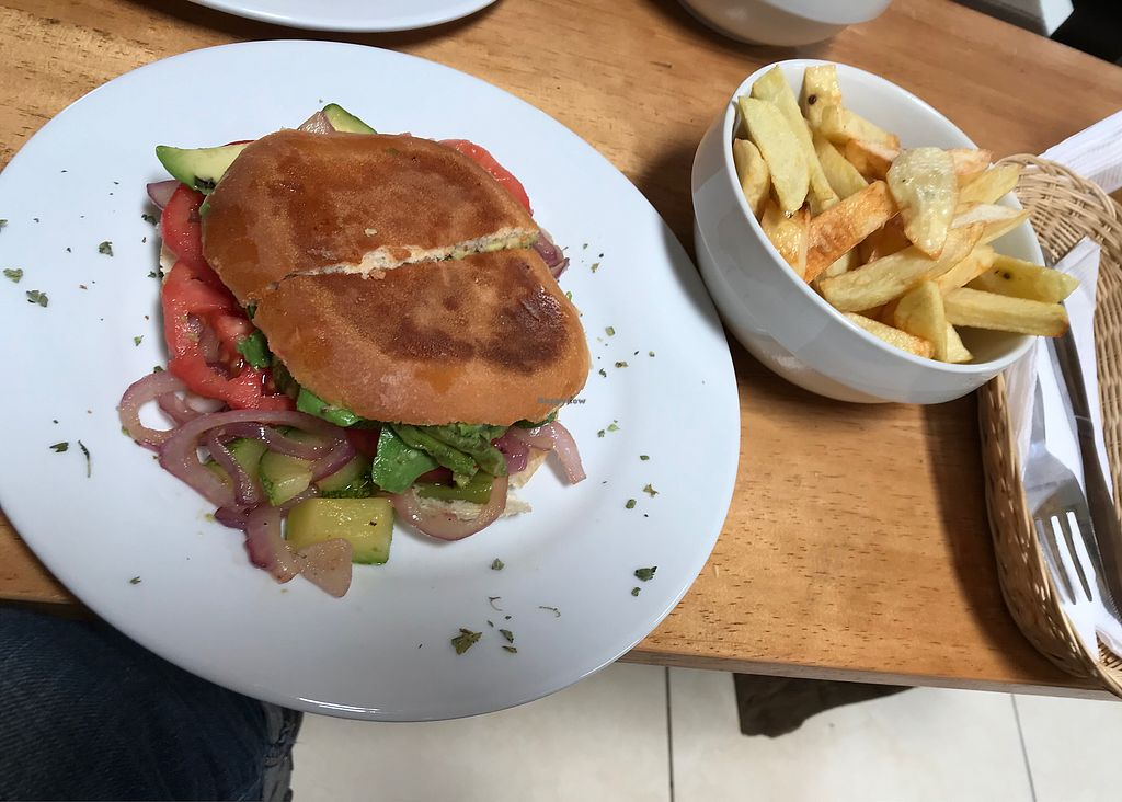 """Photo of Puka Rumi  by <a href=""""/members/profile/imogenmichel"""">imogenmichel</a> <br/>Vegetarian sandwich without cheese plus chips <br/> January 13, 2018  - <a href='/contact/abuse/image/80299/346292'>Report</a>"""