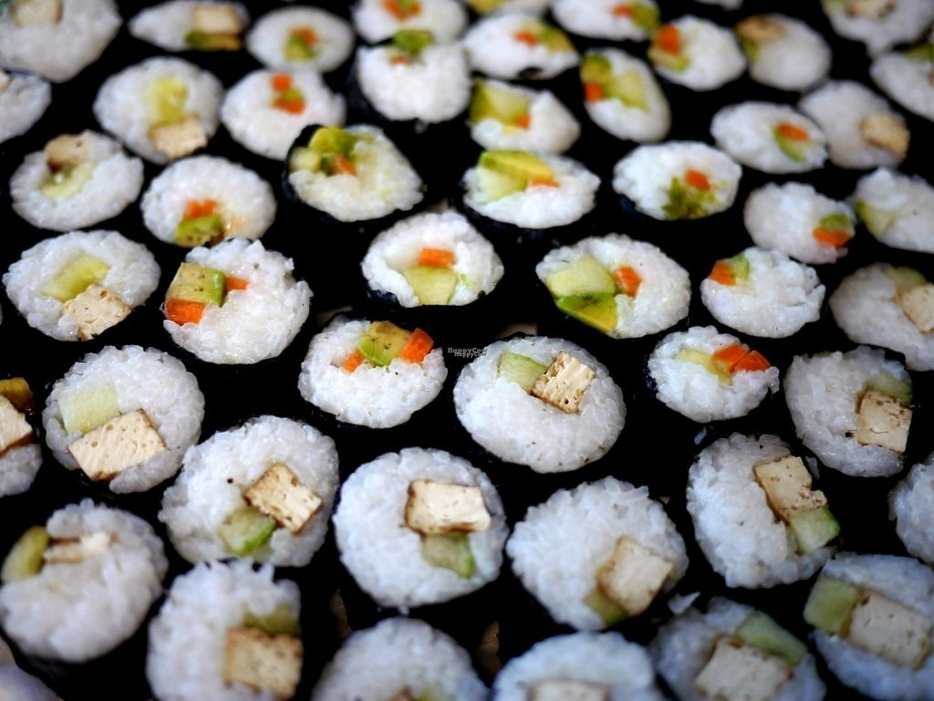"""Photo of Saveurs Veganes  by <a href=""""/members/profile/SaveursV%C3%A9ganes"""">SaveursVéganes</a> <br/>Vegan maki <br/> September 19, 2016  - <a href='/contact/abuse/image/80316/176804'>Report</a>"""