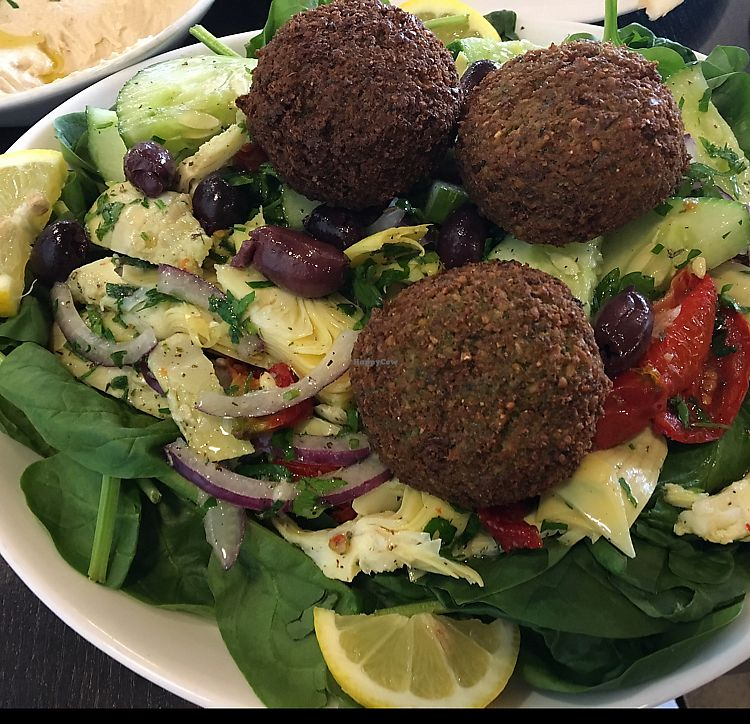 """Photo of Daddy's Place  by <a href=""""/members/profile/Sue0327"""">Sue0327</a> <br/>artichoke salad with falafel <br/> September 9, 2017  - <a href='/contact/abuse/image/80341/302619'>Report</a>"""