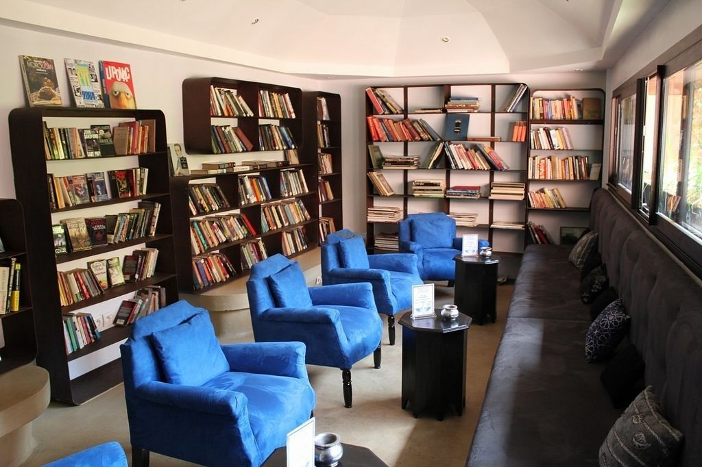 """Photo of Cafe du Livre  by <a href=""""/members/profile/Lizcafedulivre"""">Lizcafedulivre</a> <br/>Our library lounge.  <br/> September 21, 2016  - <a href='/contact/abuse/image/80364/177243'>Report</a>"""