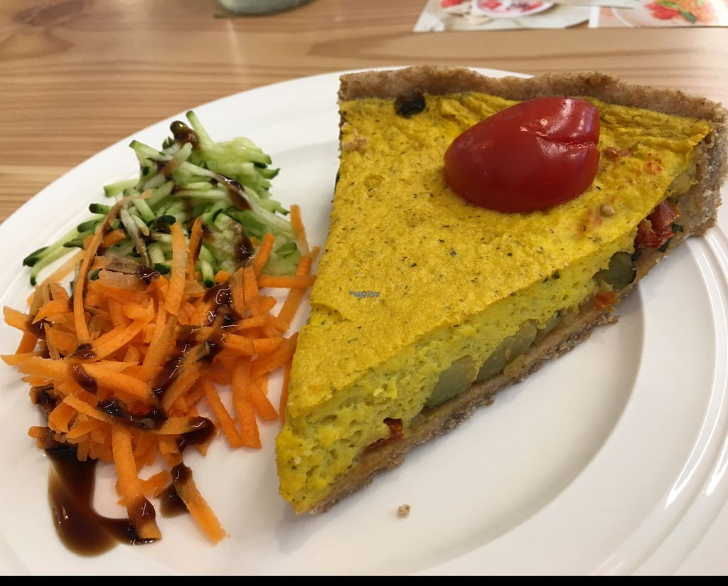 """Photo of Lecker & Pur  by <a href=""""/members/profile/marky_mark"""">marky_mark</a> <br/>quiche <br/> October 1, 2016  - <a href='/contact/abuse/image/80365/179011'>Report</a>"""