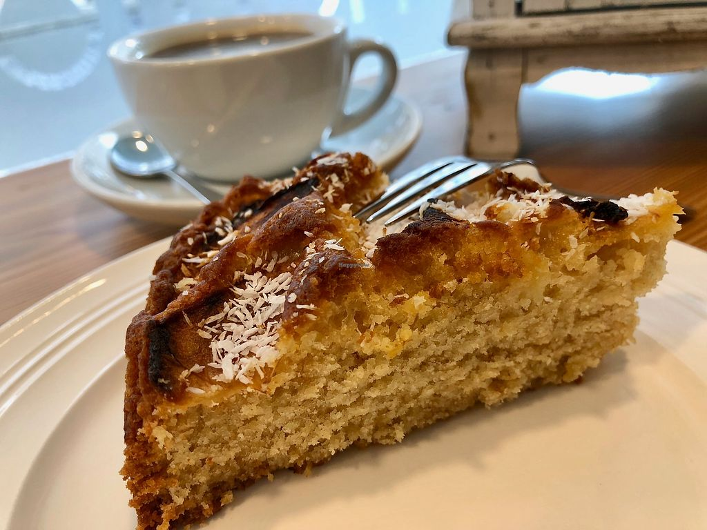 """Photo of Lecker & Pur  by <a href=""""/members/profile/marky_mark"""">marky_mark</a> <br/>cake <br/> March 9, 2018  - <a href='/contact/abuse/image/80365/368618'>Report</a>"""