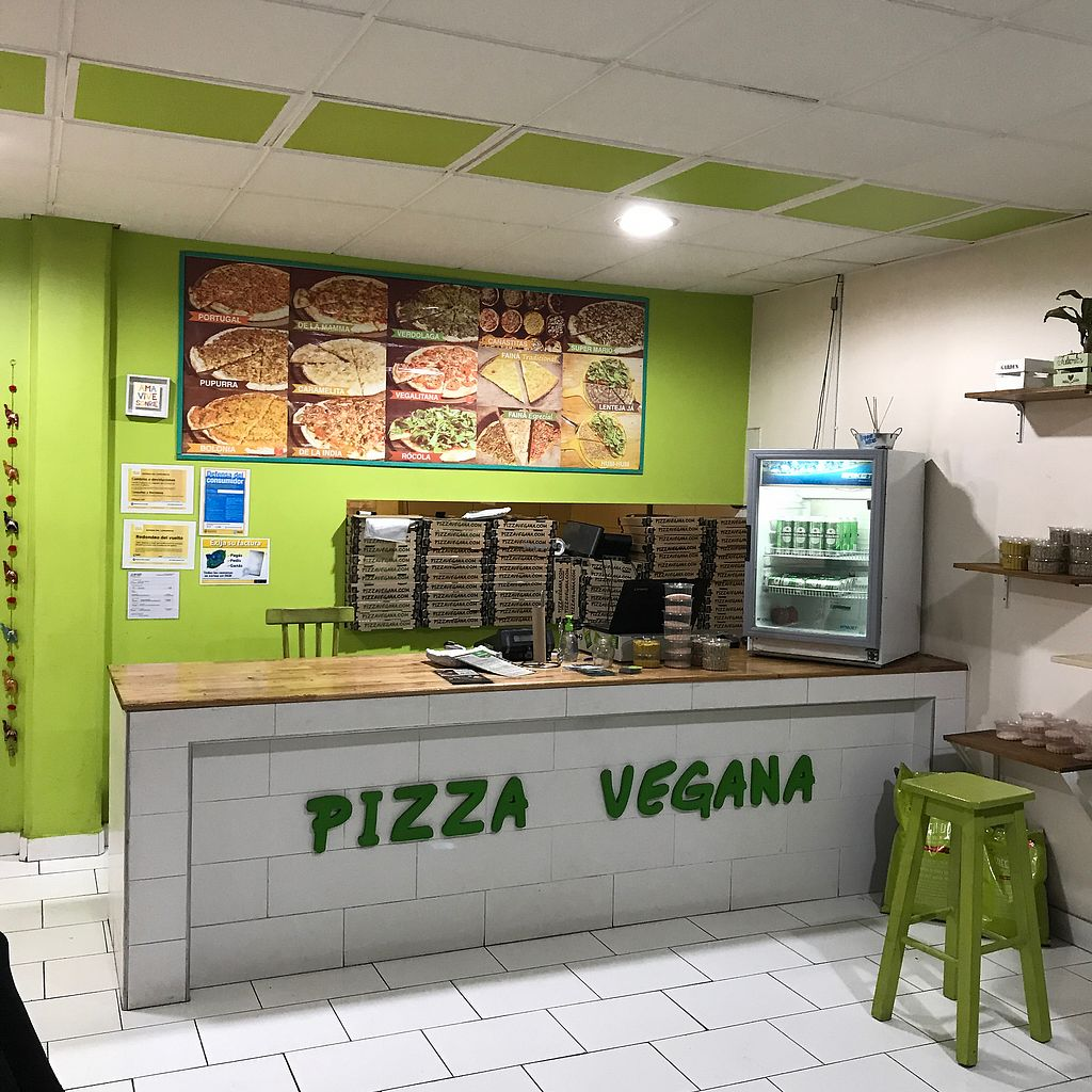 """Photo of Pizza Vegana - Recoleta  by <a href=""""/members/profile/earthville"""">earthville</a> <br/>Counter <br/> September 2, 2017  - <a href='/contact/abuse/image/80421/299827'>Report</a>"""