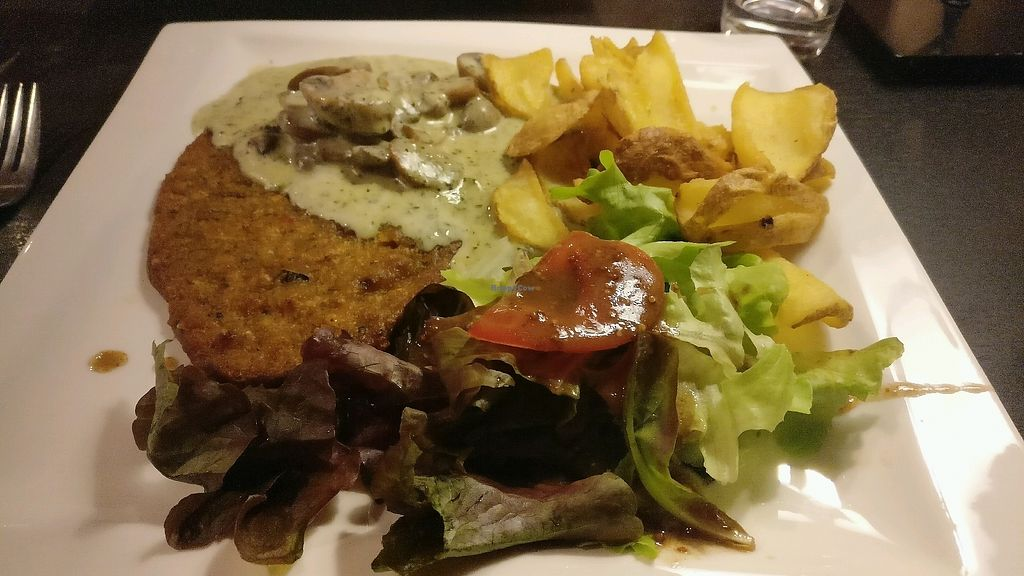 """Photo of Sherlock Holmes   by <a href=""""/members/profile/PiKseL"""">PiKseL</a> <br/>""""Escalope"""" de riz sauce champignons et frites <br/> October 10, 2017  - <a href='/contact/abuse/image/80422/313947'>Report</a>"""