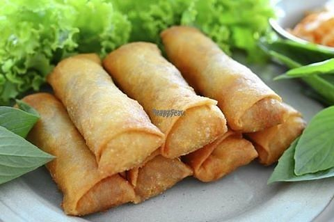 "Photo of Wokbar  by <a href=""/members/profile/RoslinnieJemy"">RoslinnieJemy</a> <br/>vegetable spring rolls <br/> September 23, 2016  - <a href='/contact/abuse/image/80430/177531'>Report</a>"