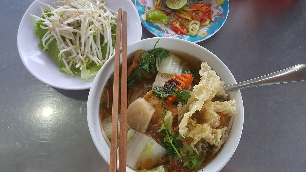 "Photo of Bo De Tinh Tam  by <a href=""/members/profile/Refinnej"">Refinnej</a> <br/>Hu Tieu (rice noodles) -served daily <br/> June 20, 2017  - <a href='/contact/abuse/image/80434/271514'>Report</a>"