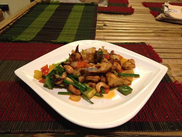 """Photo of CLOSED: Dragon & Phoenix  by <a href=""""/members/profile/Josi"""">Josi</a> <br/>veggies and cashew - a must try! <br/> October 18, 2016  - <a href='/contact/abuse/image/80466/182788'>Report</a>"""