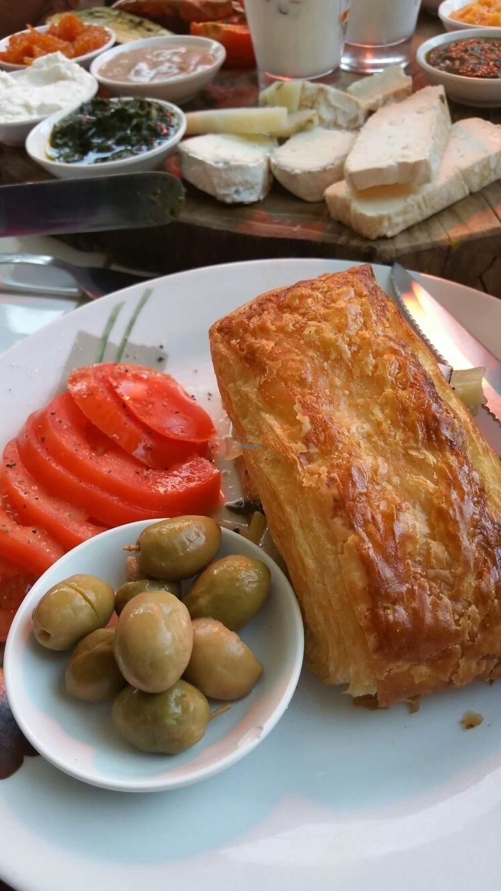 """Photo of Ofaimme  by <a href=""""/members/profile/steffaux"""">steffaux</a> <br/>Two types of breakfast (served all day) <br/> December 22, 2016  - <a href='/contact/abuse/image/80467/204119'>Report</a>"""