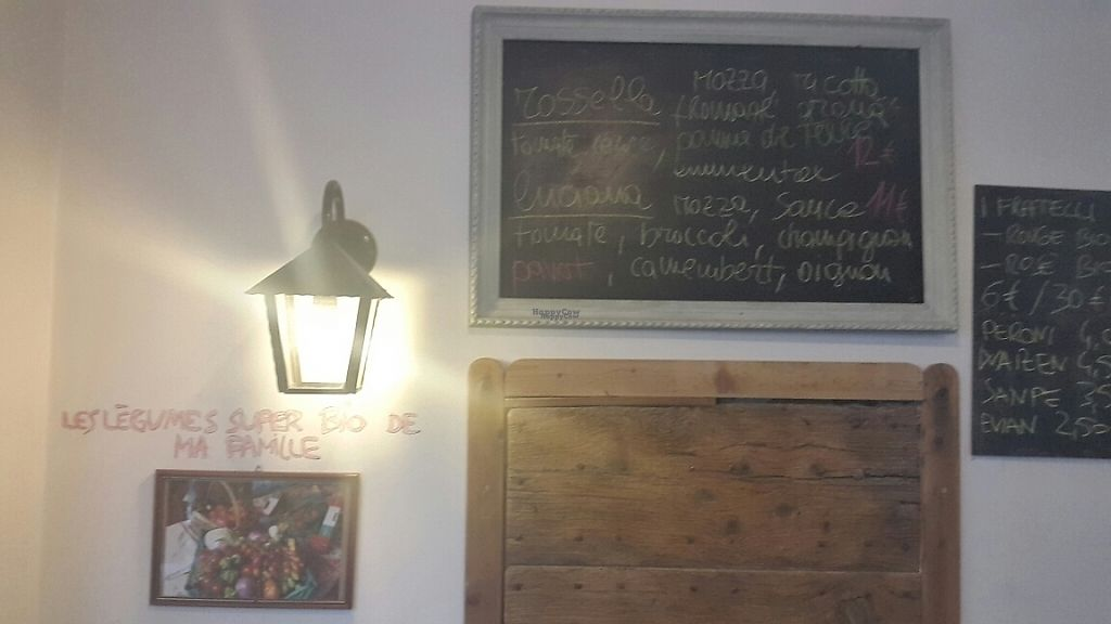 """Photo of CLOSED: Zampa Di Campagna  by <a href=""""/members/profile/MightyManatee"""">MightyManatee</a> <br/>the 2 pizzas are named after his mother and his sister <br/> November 30, 2016  - <a href='/contact/abuse/image/80516/195967'>Report</a>"""