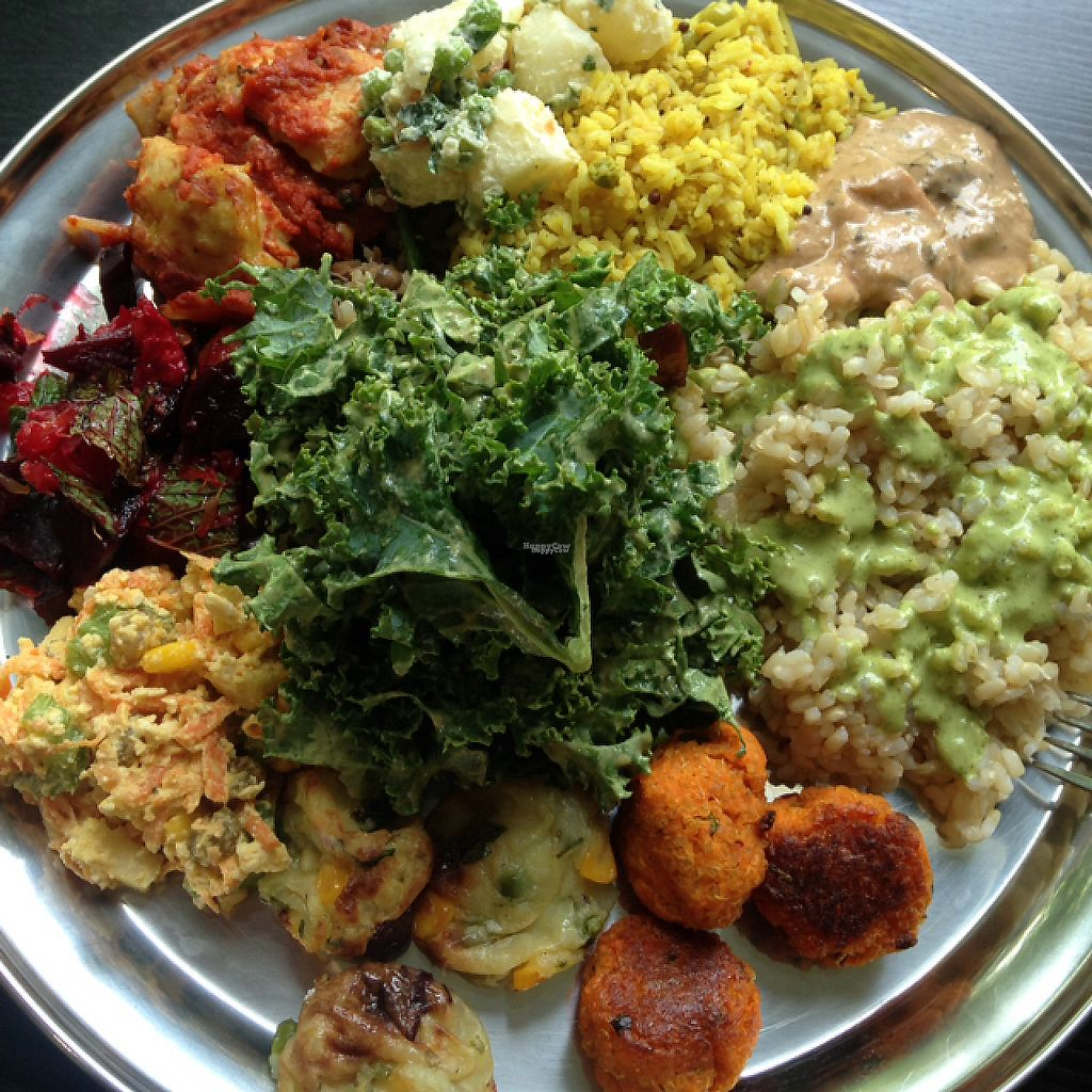 """Photo of OM Vegan Kitchen  by <a href=""""/members/profile/VeganEllise"""">VeganEllise</a> <br/>Buffet <br/> November 16, 2016  - <a href='/contact/abuse/image/80628/190858'>Report</a>"""
