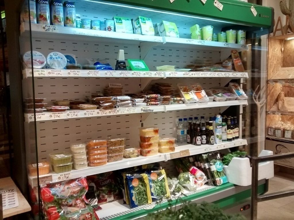 """Photo of La Huerta de Almeria - Calle de San Millan  by <a href=""""/members/profile/LeFunks"""">LeFunks</a> <br/>Ready-made vegan dishes on the first shelf to the left <br/> January 12, 2017  - <a href='/contact/abuse/image/80682/211369'>Report</a>"""
