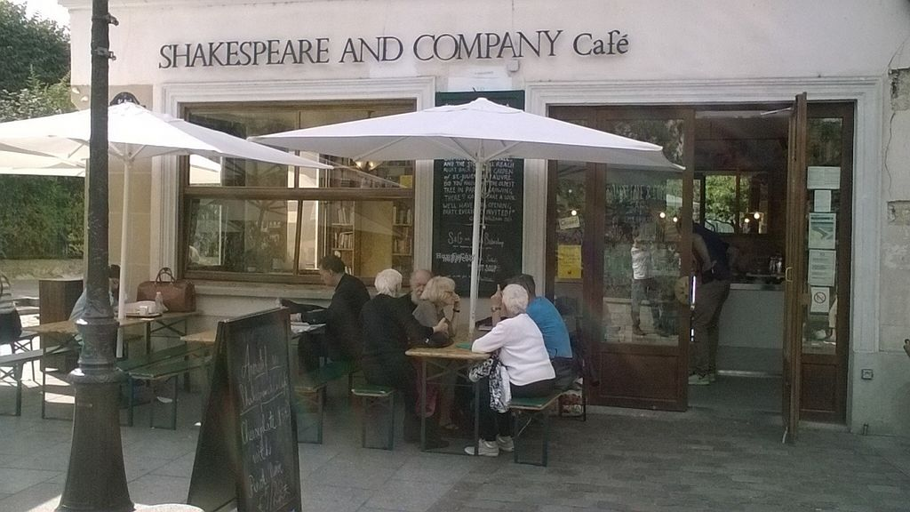"""Photo of Shakespeare and Company Cafe  by <a href=""""/members/profile/Sylvane"""">Sylvane</a> <br/>Outside <br/> October 7, 2016  - <a href='/contact/abuse/image/80718/180223'>Report</a>"""