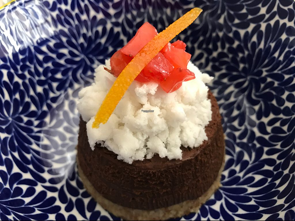 """Photo of Solo Crudo - Prati  by <a href=""""/members/profile/Forman"""">Forman</a> <br/>chocolate cake <br/> October 8, 2016  - <a href='/contact/abuse/image/80789/180692'>Report</a>"""