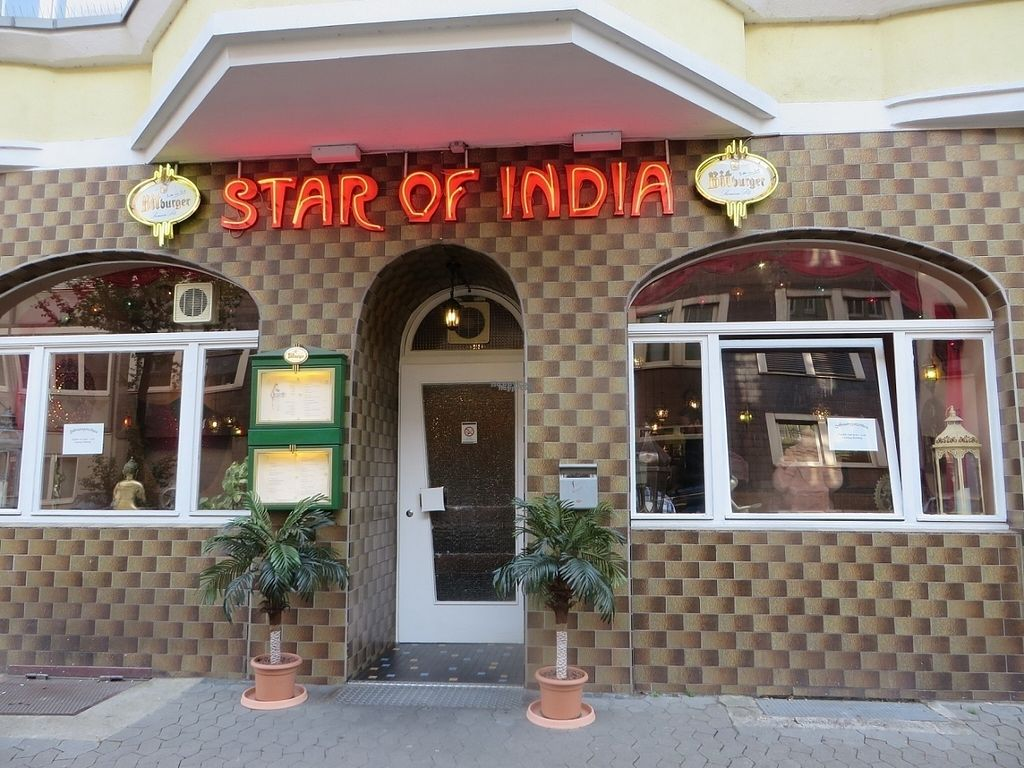 """Photo of Star of India  by <a href=""""/members/profile/VegiAnna"""">VegiAnna</a> <br/>restaurant entrance <br/> October 11, 2016  - <a href='/contact/abuse/image/80805/181512'>Report</a>"""