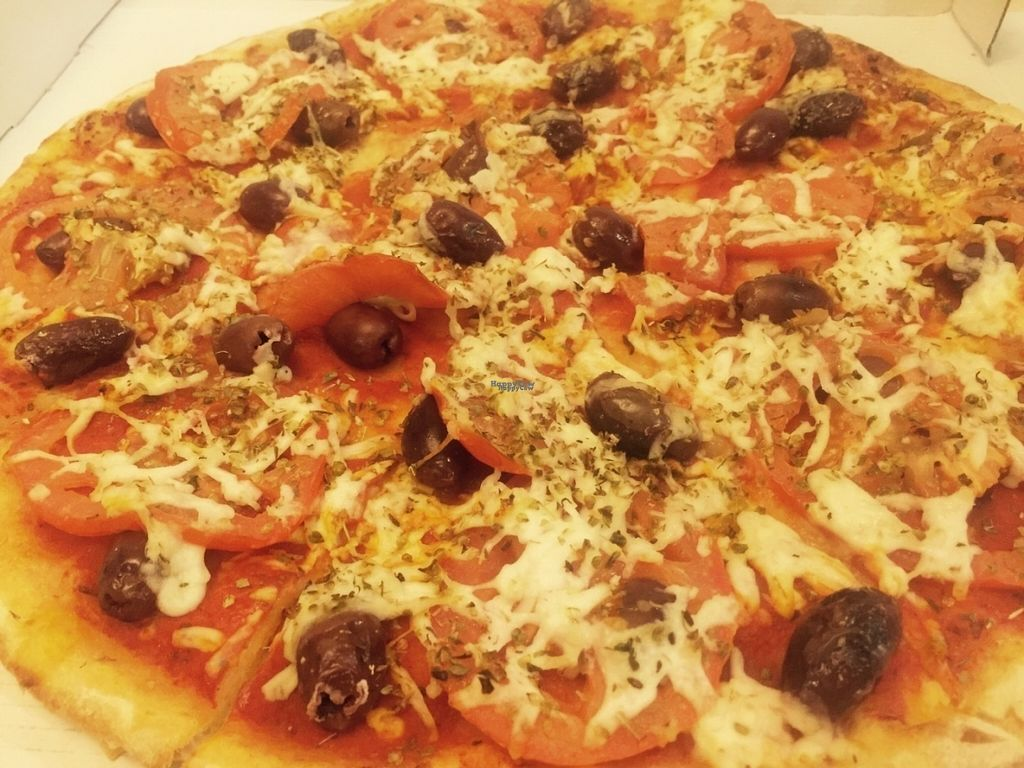 """Photo of Allambie Pizza Shop  by <a href=""""/members/profile/LaraJBQ"""">LaraJBQ</a> <br/>Specifically named vegan pizza, has olives, oregano, fresh tomato and vegan cheese <br/> October 7, 2016  - <a href='/contact/abuse/image/80814/180433'>Report</a>"""